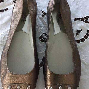 Michael Kors Women's pewter flat shoes